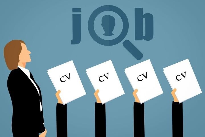De ce faci CV-ul perfect? Pentru happyRecruiter?